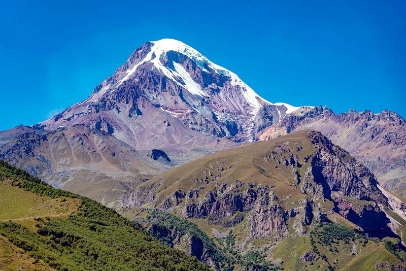 Гора Казбек. Военно-грузинская дорога