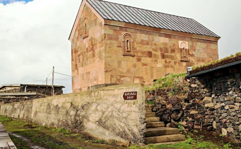 Монастырь святой Нины в Пока